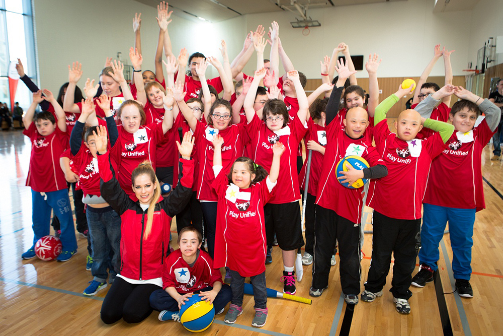Avril Lavigne Special Olympics group photo