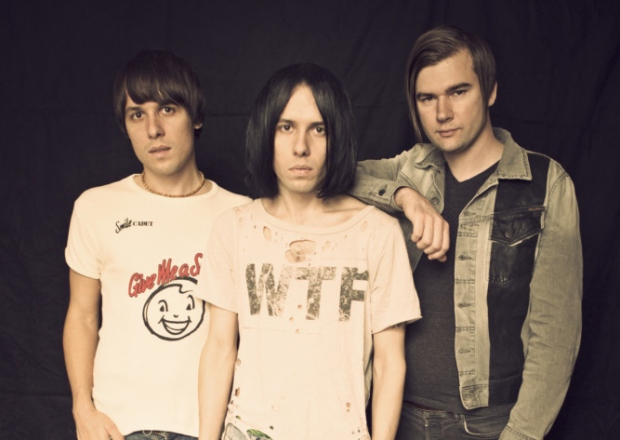 The Cribs announce further UK dates this fall!