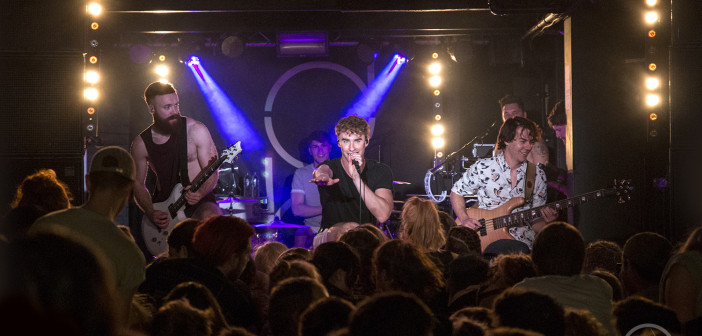 Leeds get their Priorities straight with an explosive Don Broco double!
