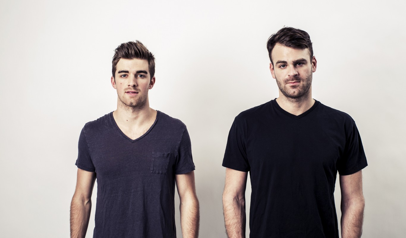 the_chainsmokers_0-1366x800