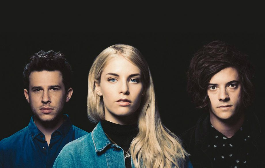 london grammar announce uk shows new track 39 non believer 39 soundcheck live. Black Bedroom Furniture Sets. Home Design Ideas