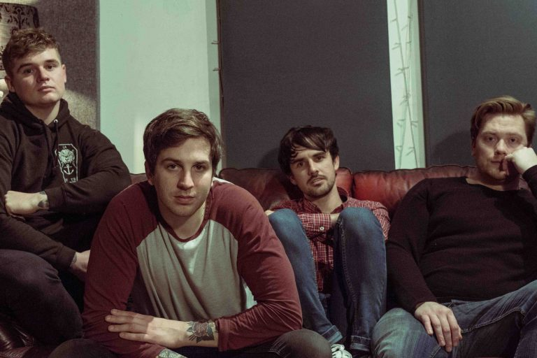Faux reveal new video for 'Body Heat'
